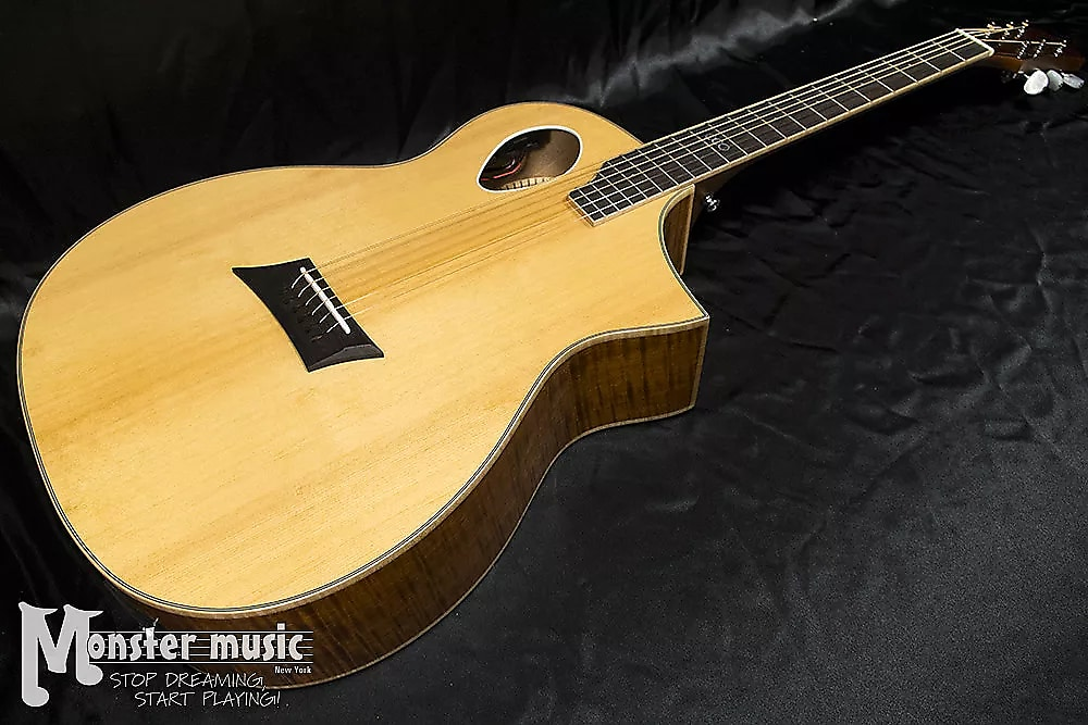 Michael Kelly Triad Port Mktpe 2017 Offset Soundhole Cutaway W