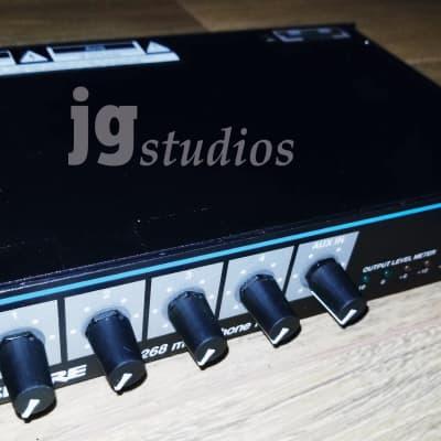 Shure SCM268 4-Channel Mic Mixer - Nice!