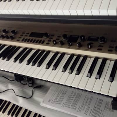 Korg kingkorg synth / Synthonia libraries