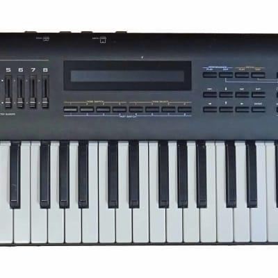 Roland JV-80 Expandable Synthesizer