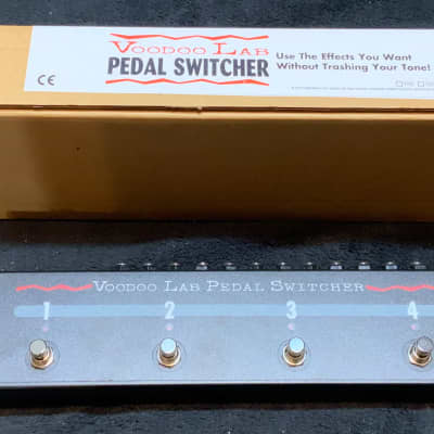 Voodoo Lab Pedal Switcher Bypass Looper + Pedal Commander