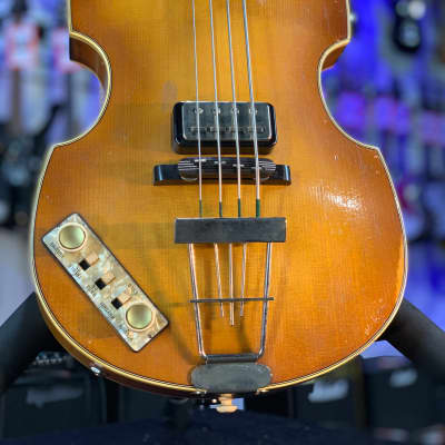 Violin Bass - Vintage Finish - 63 - Left Handed Authorized Dealer Free Shipping! 003