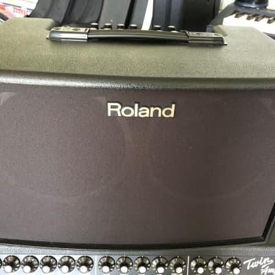 """Roland AC-90 Acoustic Chorus 2-Channel 90-Watt 2x8"""" Acoustic Guitar Combo"""