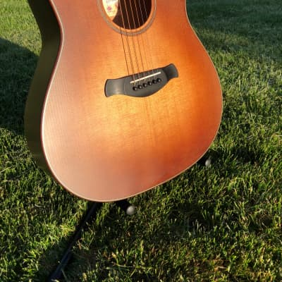 Taylor Builder's Edition 517e WHB Torrefied Sitka/Mahogany