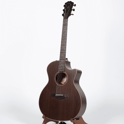 Taylor Custom Blackwood / Koa Grand Auditorium