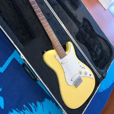 Fender Bullet Deluxe (1981 - 1982) for sale