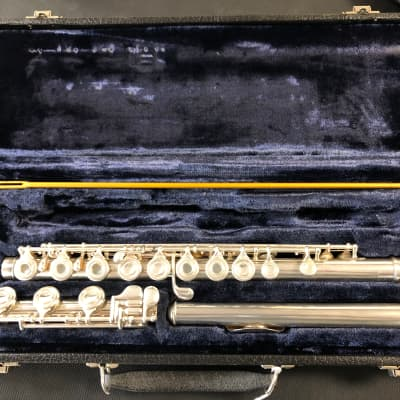 Artley 9-0-B Solid Silver Open-Hole Flute B-Foot