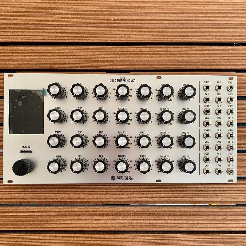 Synthesis Technology E370 Quad Morphing VCO