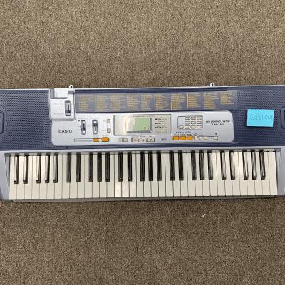 Casio LK-110 61-Key Key-Lighting Keyboard