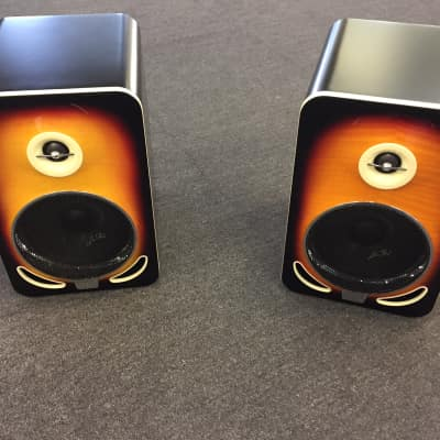 Gibson LP6 Reference Monitor, Pair (2 Pieces), Tobacco Sunburst