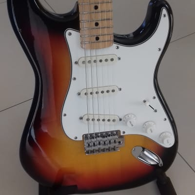 Maya stratocaster original 1972 sunburst made in japan for sale