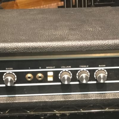 Acoustic 140 1975 Black tolex in fair shape, vintage bass head!