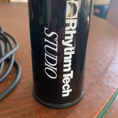 """RhythmTech 5"""" Studio Shaker Black"""
