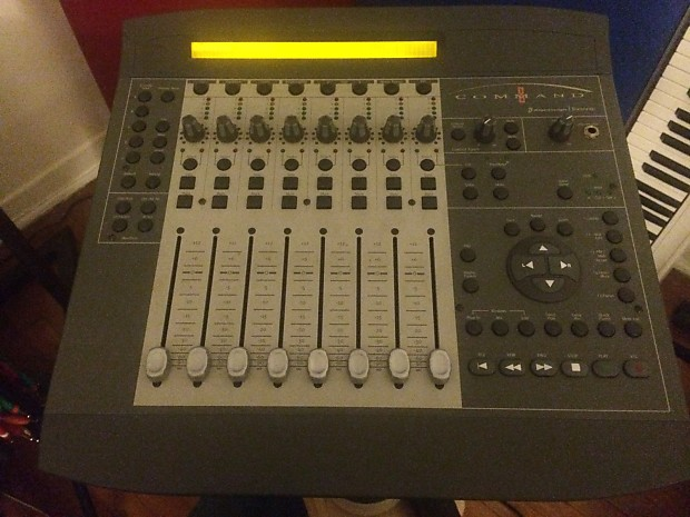 Digidesign Command 8 Usb control surface mixer for Pro Tools