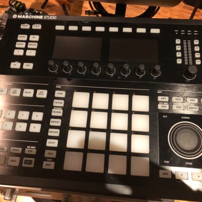 Native Instruments Maschine Studio + 13 Expansions Pack w Original License