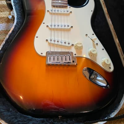 Fender 40th Anniversary American Standard Stratocaster 1994 Sunburst for sale