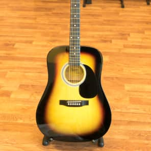 Squier SA-105 Dreadnought Sunburst