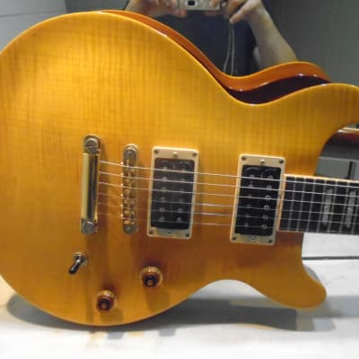 2001 Gibson Les Paul Standard Double Cutaway DC Trans Amber /w. Burstbuckers + Gibson Gold case for sale
