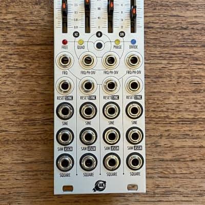 Xaoc Devices Batumi Quadruple Low Frequency Oscillator