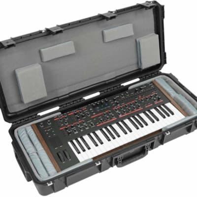 SKB iSeries Molded Waterproof 49-Note Keyboard Case w/ Think Tank Interior