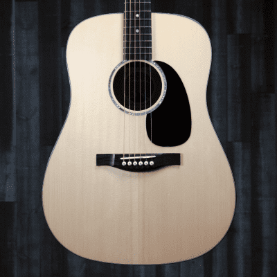 Eastman PCH3-D-CLA, Limited Edition Dreadnought, Solid Spruce Top, Laminated Maple, Gig Bag - VIDEO