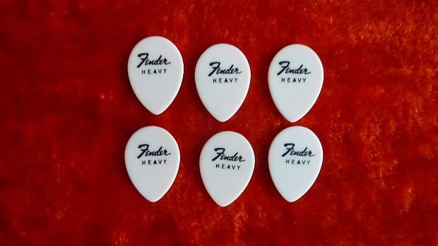 Fender Teardrop Pick : Fender picks heavy white teardrop pre cbs s reverb