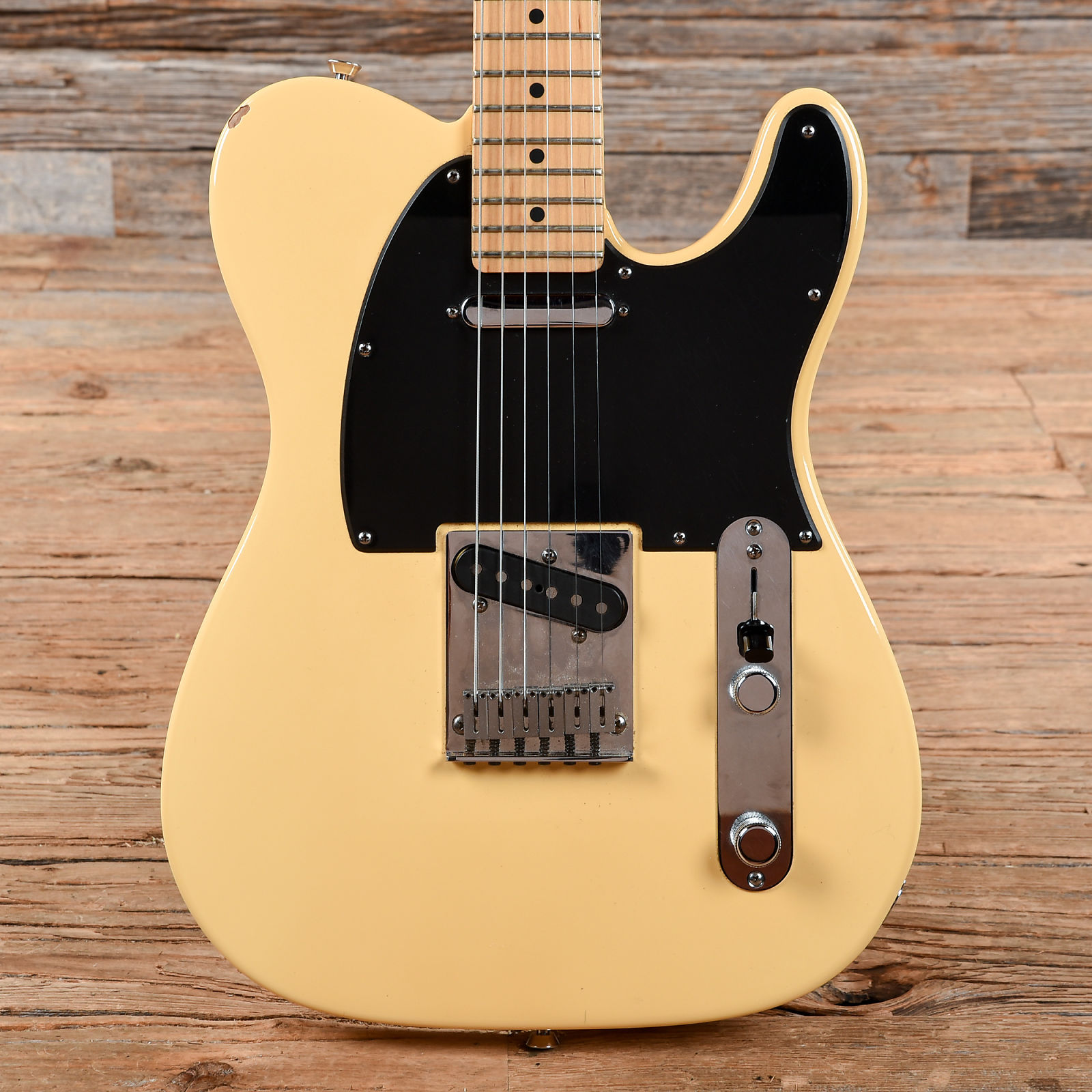 Very good American standard telecaster vintage white apologise, but