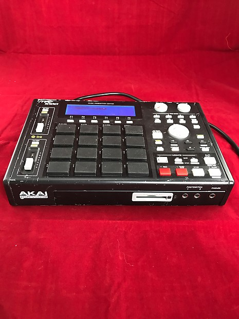 Akai Mpc 1000 Bk New Fat Black Pads Blue Screen Reverb