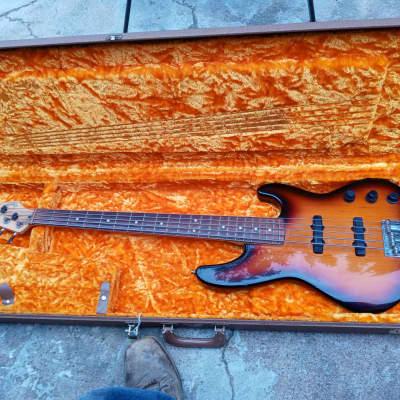 Fender jazz bass Plus V 5 string 1993 Three tone starburst for sale