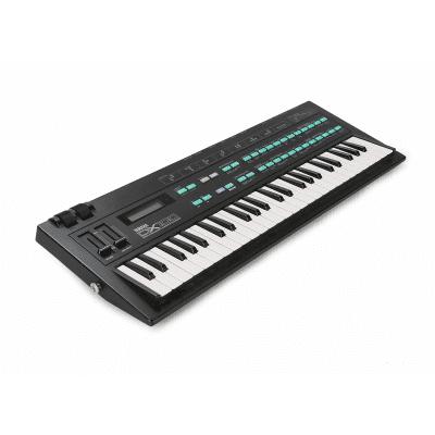 Yamaha DX100 Programmable Algorithm Synthesizer