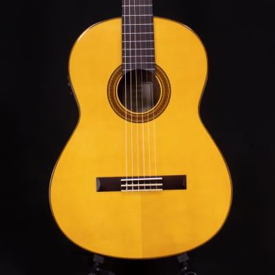 Yamaha CG-TA TransAcoustic Nylon String Natural Gloss (0277)