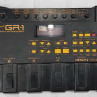 Roland GR-1 Guitar Synthesizer WITH Expansion Tone Card