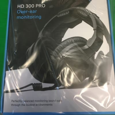 Sennheiser HD 300 Pro Over Ear Headphones; Immaculate Condition!