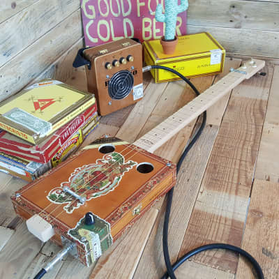 Guitare cigar box Fretless My Father Cigars 2021 for sale