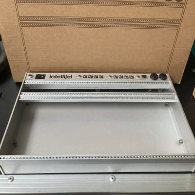 Intellijel 4U 62HP Palette Case Silver