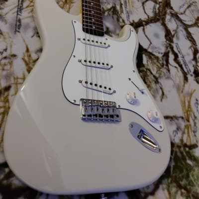 Schecter California Vintage Series Traditional Standard SSS Arctic White w/ Rosewood Fretboard for sale