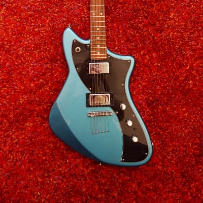 Fender Alternate Reality Series Meteora HH 2019 Lake Placid Blue