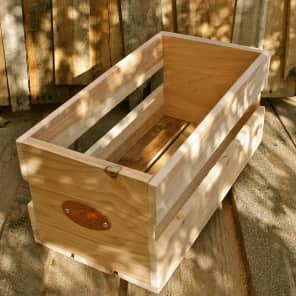 "Sanctus Sound Cedar 7"" Record Crate"