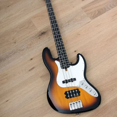 Clover - Apeiron H.4N - 4 string active bass with Seymour Duncan pickups for sale