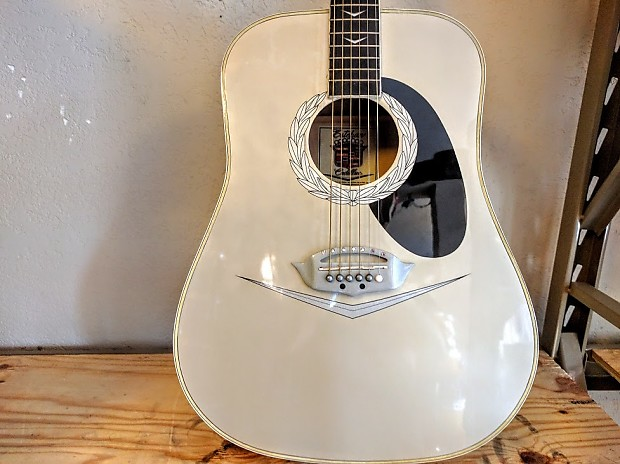 39 08 rare esteban cadillac acoustic guitar used reverb. Black Bedroom Furniture Sets. Home Design Ideas