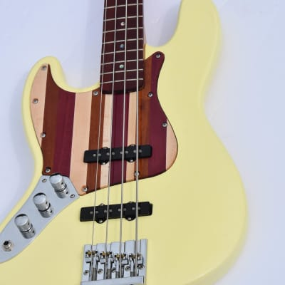 """Ankh Instruments Woodie (new), 35"""" scale, L/H, 4 string, Jazz Bass,2021, 2021, Butter Cream"""