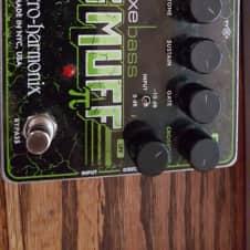 Electro-Harmonix Deluxe Bass Big Muffin Pi