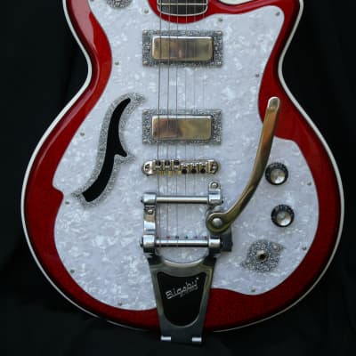 DiPinto Belvedere Deluxe - very rare red/white/silver sparkle-Hard Shell Case -unique and beautiful! for sale