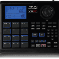 Akai XR20 Drum Machine Groovebox with 700 sounds