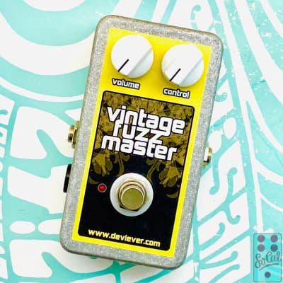 Devi Ever : FX Vintage Fuzz Master!