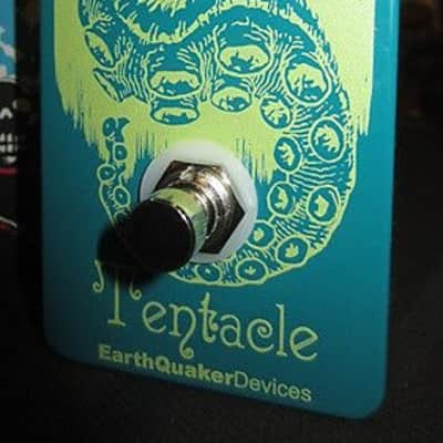 Earthquaker Devices Tentacle Octave Up Pedal