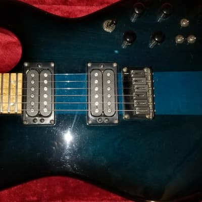 Carvin  ST 300 2000s See Through blue Finish
