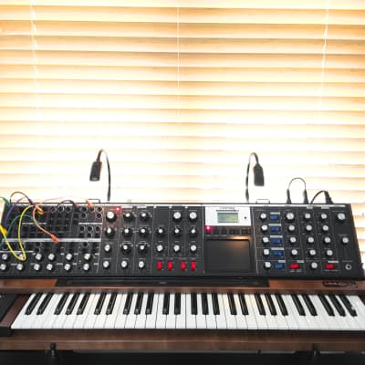 Moog MiniMoog Voyager XL 2010s Red/Brown Wood