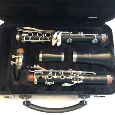 Yamaha Ycl255 Bb clarinet! New pads!!