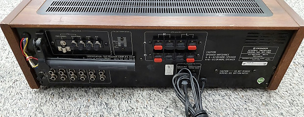 Merveilleux Pioneer SX 780 Vintage Stereo Amplifier Receiver Silver Face / Brown Cabinet